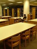 淡江圖書館:想要一個人安靜地讀書