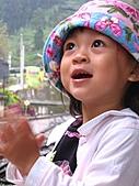 20060901小寶寶遊油車寮:好棒,雨停了