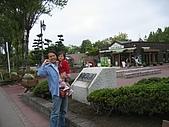 20060728北海道:172這裡的牛奶冰淇淋也很吃喔.jpg