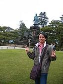 20070426兼六園:後面有小學生喔