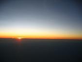 20060728北海道:175飛機上的夕陽.jpg