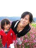 20060728北海道:130媽媽,妳拍照一定要蹲這麼低嗎.jpg