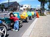 20060728北海道:115大小沼公園的蜈蚣車.jpg