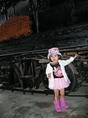 20060901小寶寶遊油車寮:這是老火車頭喔