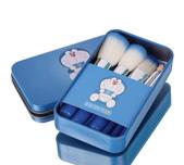 多拉A夢 彩妝刷具組:$250