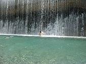 翡翠谷:水濂瀑布沖SPA