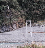 翡翠谷:銅門吊橋.jpg