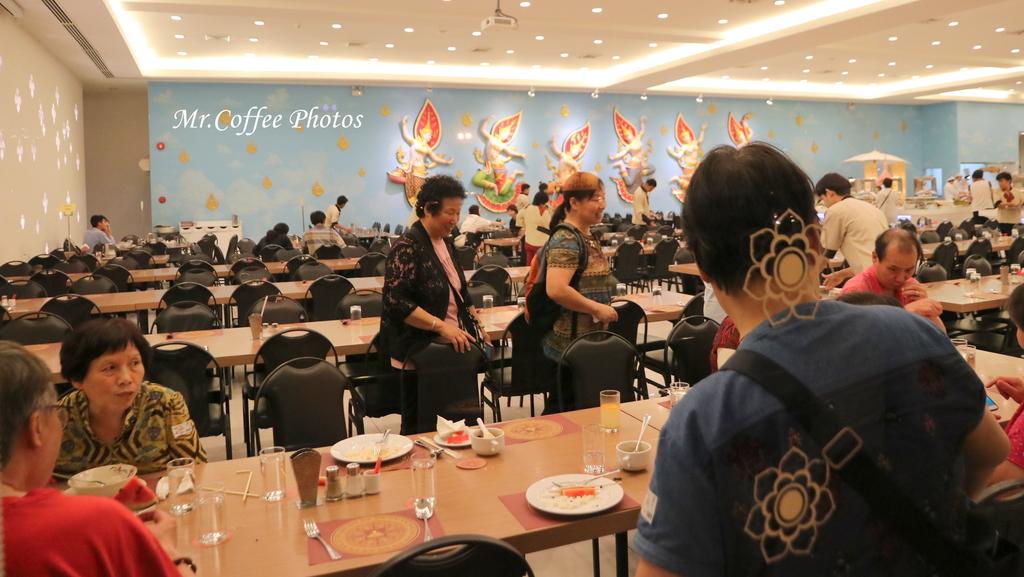IMG_5689.JPG - D21曼谷 5天使劇場,火車市集喝咖啡