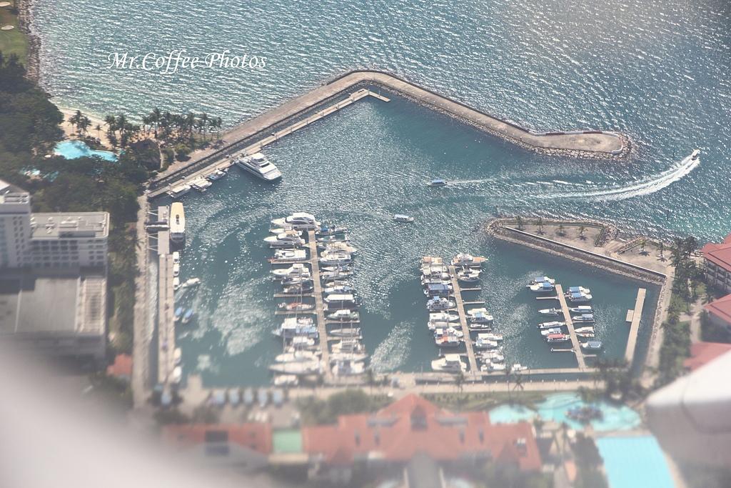 IMG_2649.JPG - 03.20-2.飛往新加坡,海上油輪