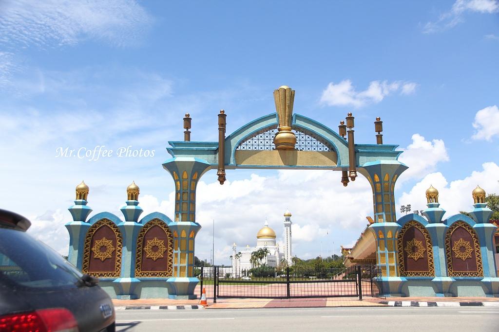 IMG_1569.JPG - 03.17-2.誤上賊車,國家皇宮,國王清真寺