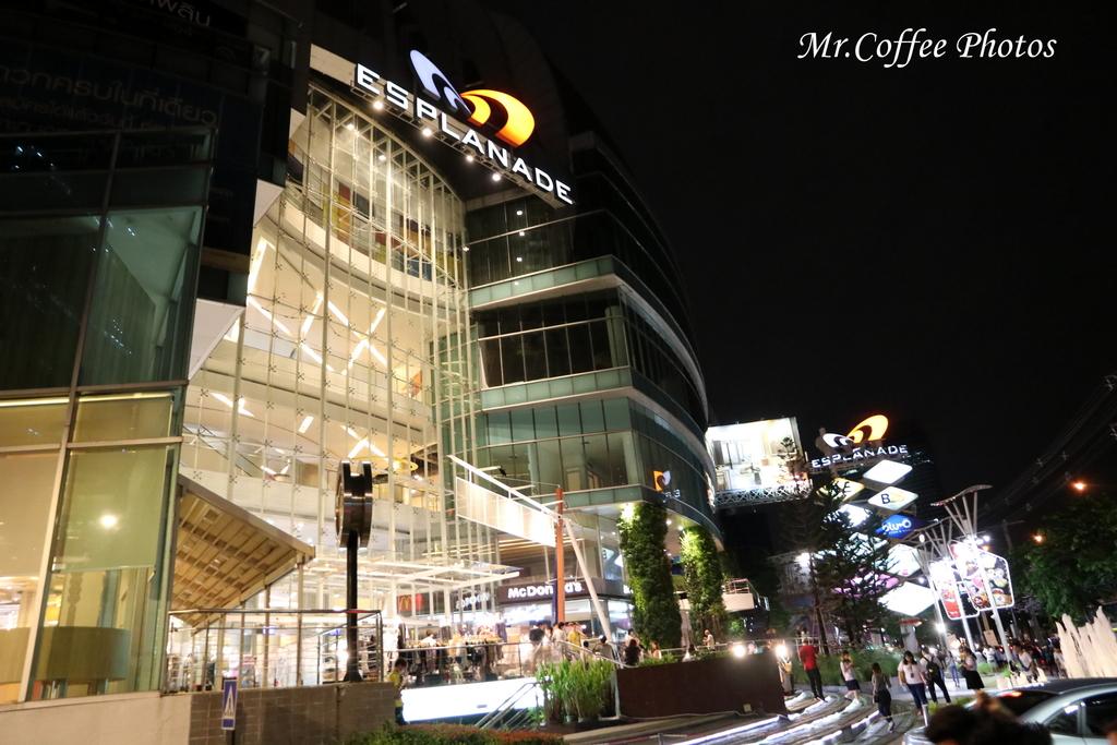 IMG_5724.JPG - D21曼谷 5天使劇場,火車市集喝咖啡