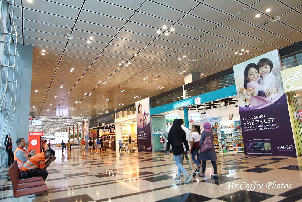 IMG_2751.JPG - 03.20-2.飛往新加坡,海上油輪