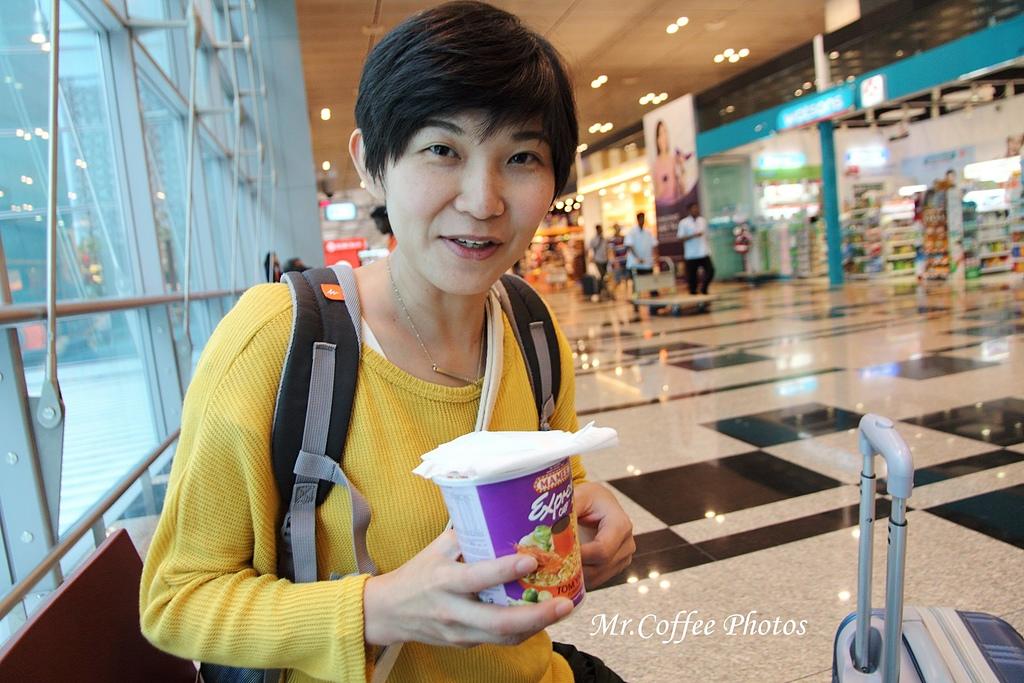 IMG_2755.JPG - 03.20-2.飛往新加坡,海上油輪