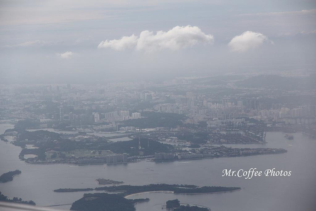 IMG_2711.JPG - 03.20-2.飛往新加坡,海上油輪