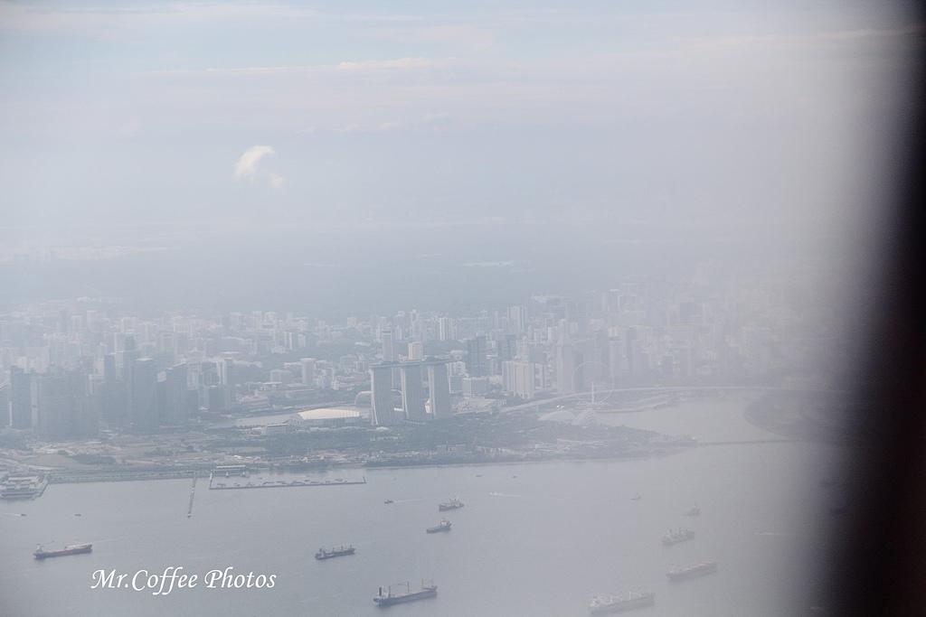 IMG_2713.JPG - 03.20-2.飛往新加坡,海上油輪