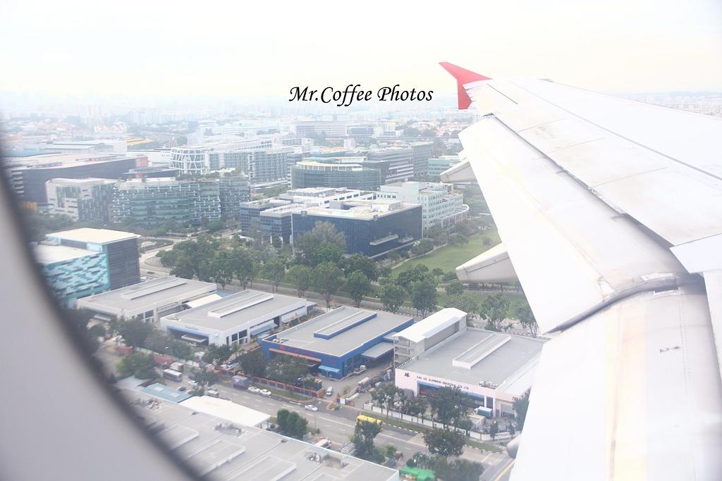 IMG_2730.JPG - 03.20-2.飛往新加坡,海上油輪