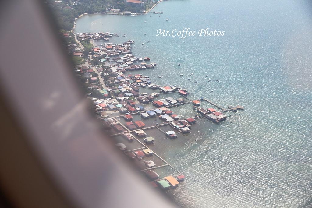 IMG_2647.JPG - 03.20-2.飛往新加坡,海上油輪