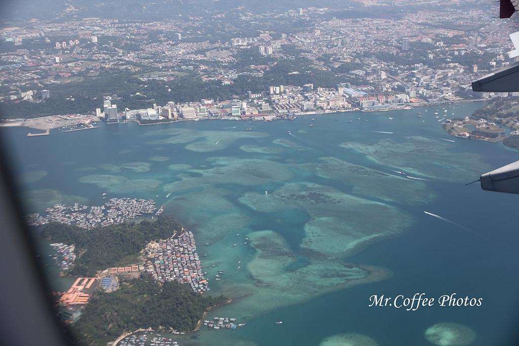 IMG_2674.JPG - 03.20-2.飛往新加坡,海上油輪