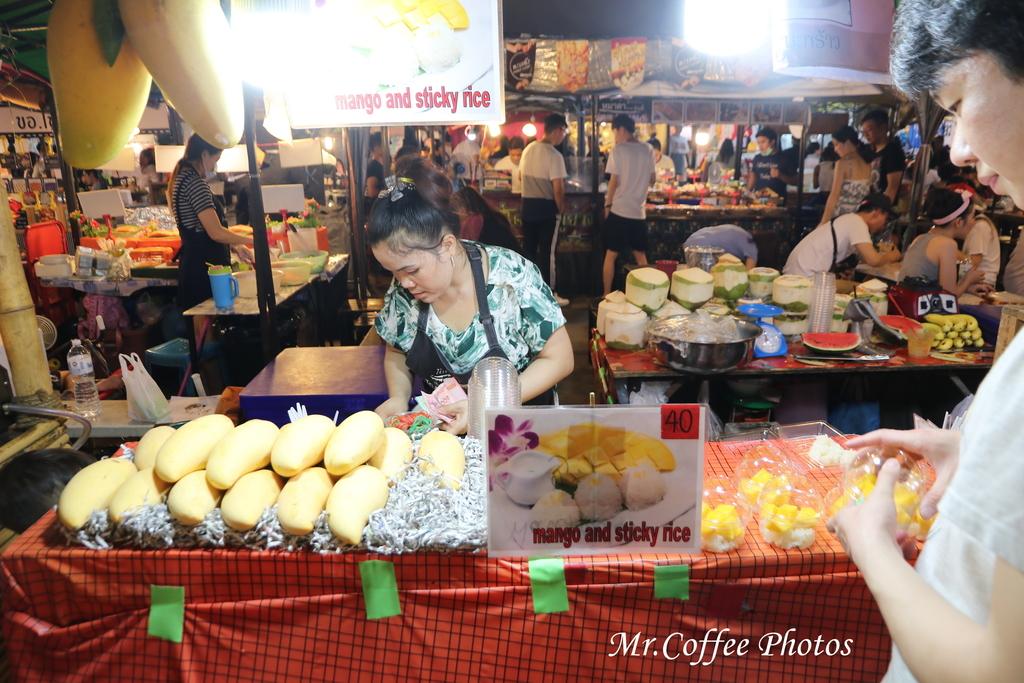 IMG_5746.JPG - D21曼谷 5天使劇場,火車市集喝咖啡