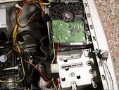 硬碟的電源接腳斷了.....裏頭還有資料:17.jpg