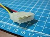 硬碟的電源接腳斷了.....裏頭還有資料:9.jpg