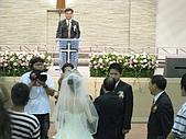 """2009.4.5@書婷婚禮:老爸將女兒的手交到新郎手上....此刻心情一定很複雜=""""="""