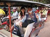 吳哥窟之旅:當地的交通具~嘟嘟車
