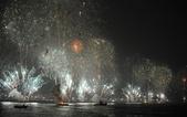 大千世界:巴西里約熱內盧:科帕卡巴納海灘的新年煙花