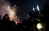 大千世界:吉隆坡雙子塔附近的煙火